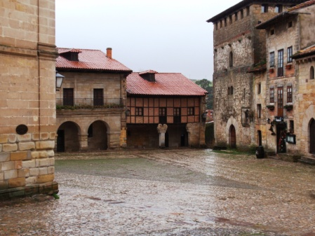 Santillana del Mar in the rain