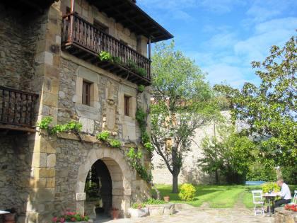 Posada La Torre de la Quintana Liendo Cantabria