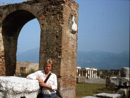 76 Pompeii